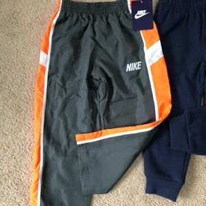 Nike Bottoms - 3T Nike joggers NWT